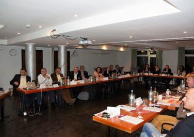 30 geladene Teilnehmer bei der Bundesversammlung im Residenz Hotel in Pfiorzheim
