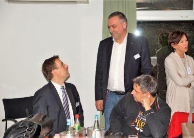 Prof. Erik Schweickert, Mitglied im Landtag BW im Austausch mit H. Schwarz und Stefan Ermentraut