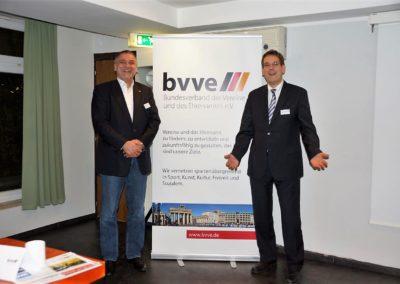 Prof. Dr. Erik Schweickert freut sich über die Aktivitäten und Projekte des bvve